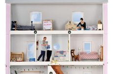 Decorating Your Dollhouse