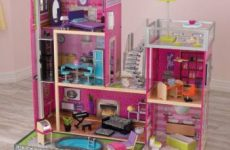 KidKraft Girl's Uptown Dollhouse Review